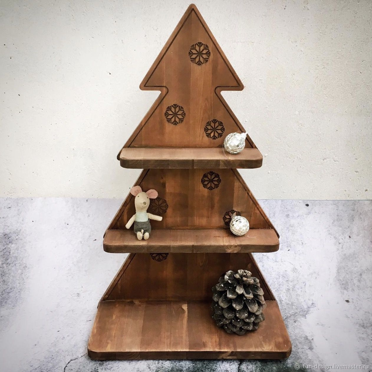 Wooden Christmas Tree Shelf