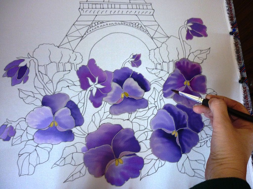 Рисуем на ткани цветы для