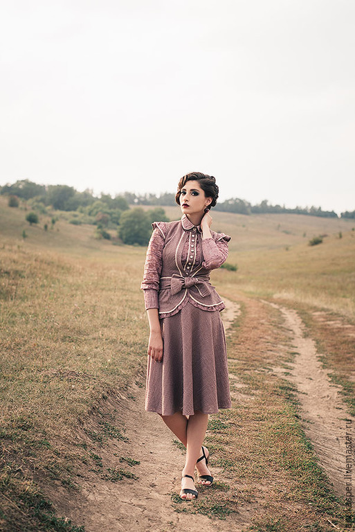 Кружево эластичное на платье