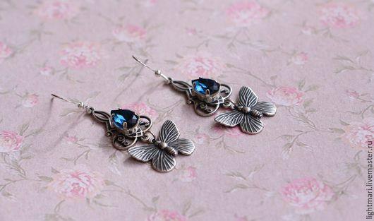 Серьги ручной работы. Ярмарка Мастеров - ручная работа. Купить Серьги с бабочками в винтажном стиле. Handmade. Синий, серебристый