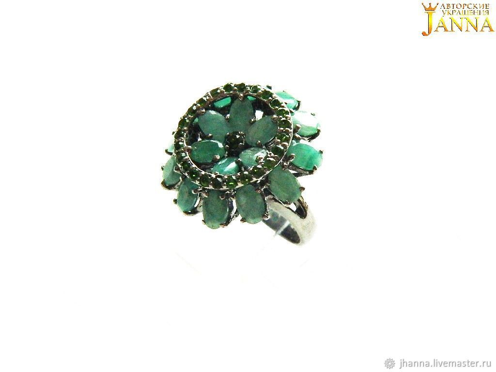 emerald. ' Emerald flower' ring with emerald and chrome diopside, Rings, Volgograd,  Фото №1