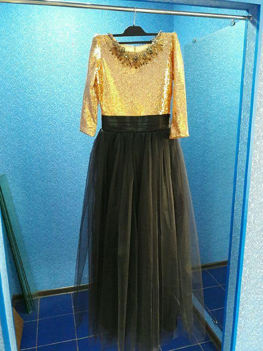 Платья ручной работы. Ярмарка Мастеров - ручная работа. Купить Вечернее платье с золотыми пайетками. Handmade. Золотое платье