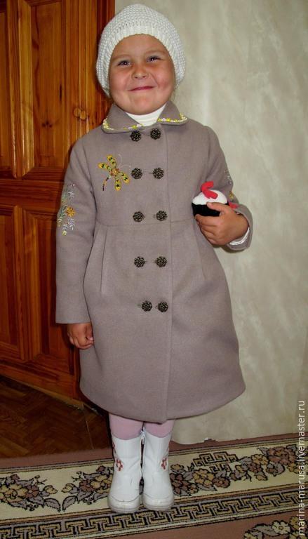 """Одежда для девочек, ручной работы. Ярмарка Мастеров - ручная работа. Купить Пальто """"Стрекоза"""". Handmade. Серый, пальто с вышивкой"""