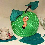 Для дома и интерьера ручной работы. Ярмарка Мастеров - ручная работа Грелка на чайник Яблоко. Handmade.