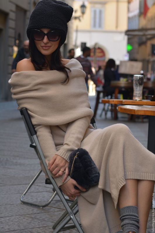 Платья ручной работы. Ярмарка Мастеров - ручная работа. Купить Длинное вязаное платье Principessa. Handmade. Бежевый, вязание на машине