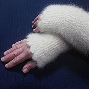 Аксессуары handmade. Livemaster - original item Women`s knitted fingerless gloves White. Handmade.