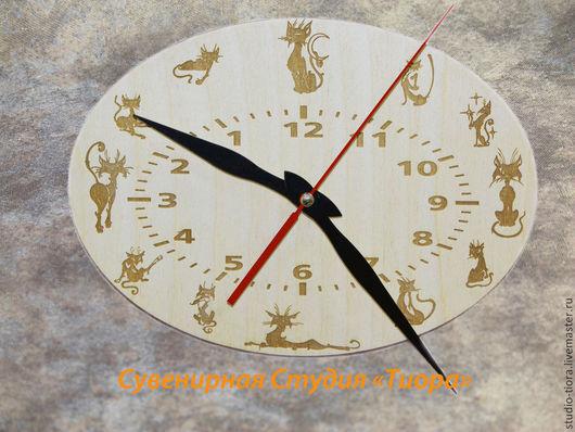 """Часы для дома ручной работы. Ярмарка Мастеров - ручная работа. Купить Часы настенные """"Кошки"""". Handmade. Бежевый, оригинальный подарок"""
