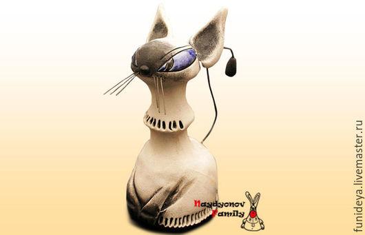 Колокольчики ручной работы. Ярмарка Мастеров - ручная работа. Купить Кошечка, керамический колокольчик. Handmade. Белый, колокольчики из глины