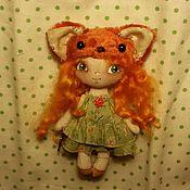 Куклы и игрушки ручной работы. Ярмарка Мастеров - ручная работа Куколка текстильная  брошка. Handmade.