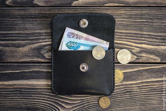Кошельки и визитницы ручной работы. Ярмарка Мастеров - ручная работа. Купить Маленький кошелёк из натуральной кожи. Handmade. Однотонный