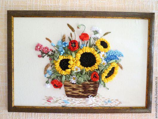 Картина лентами `Летний букет`. Автор - Анна Остапчук.
