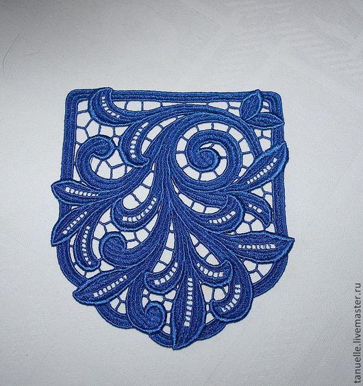 Кружевной карман в синем цвете