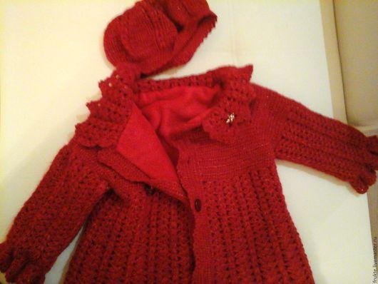 Верхняя одежда ручной работы. Ярмарка Мастеров - ручная работа. Купить Детское  вязаное пальто.(Красное). Handmade. Однотонный