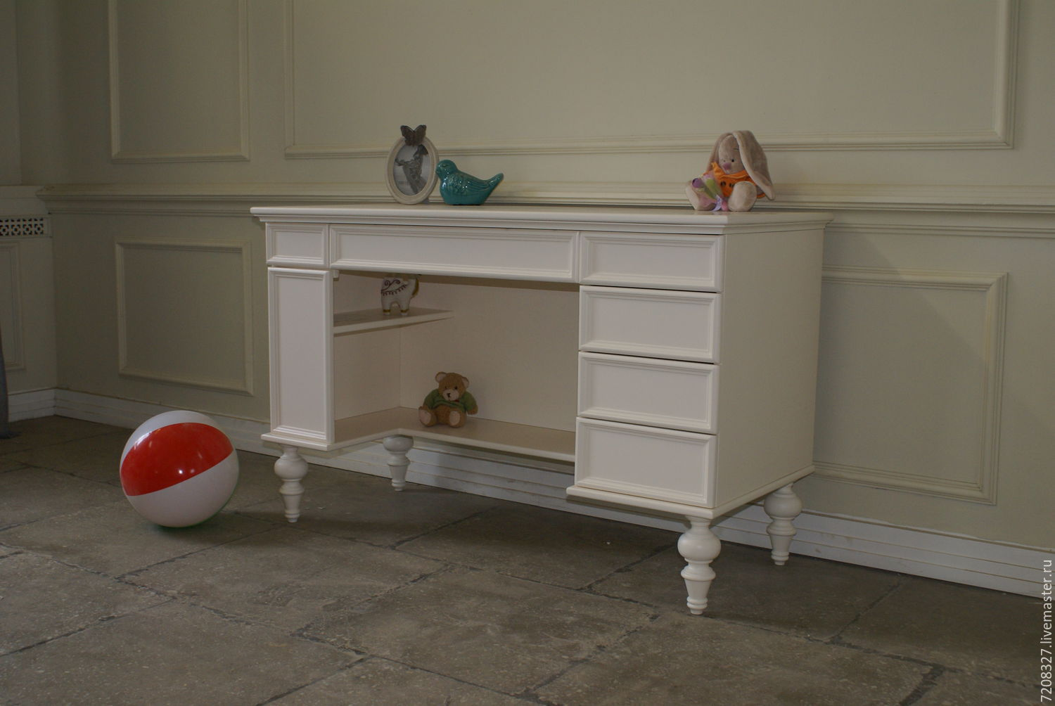 Children's Desk on four beautiful turned legs. Very comfortable and functional. Features six drawers for storage of pens, notebooks. On the left under the top are two hidden floors