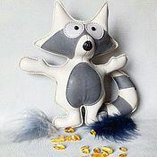 Куклы и игрушки ручной работы. Ярмарка Мастеров - ручная работа Енот из кожи. Handmade.