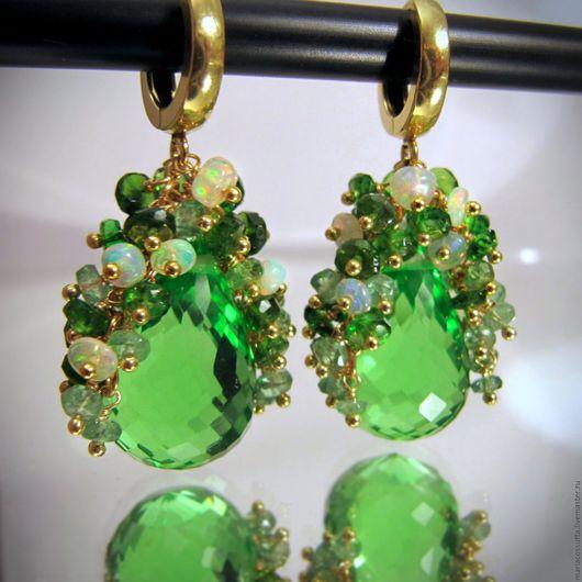 Серьги ручной работы. Ярмарка Мастеров - ручная работа. Купить Зеленые Серьги капли с зелеными камнями из камней цаворит диопсид опал. Handmade.