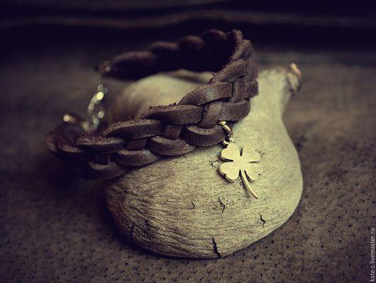 Браслеты ручной работы. Ярмарка Мастеров - ручная работа. Купить Браслет из кожи Клевер женский мужской кожаный плетеный браслет. Handmade.