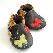 Работы для детей, handmade. Livemaster - original item Multicolor Butterflies Baby Shoes, Ebooba, Baby Moccasins. Handmade.