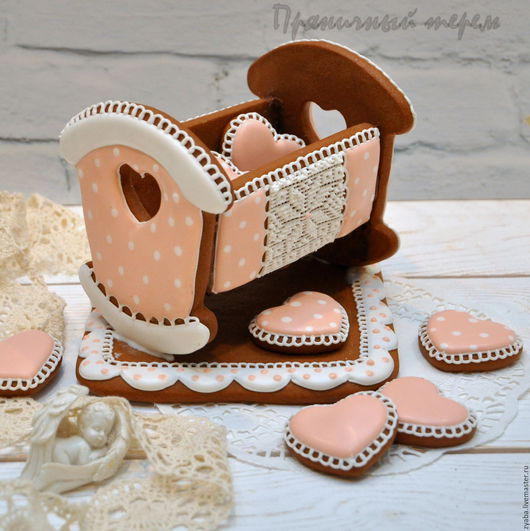 Кулинарные сувениры ручной работы. Ярмарка Мастеров - ручная работа. Купить Пряничная колыбелька - необычный подарок на рождение малыша. Handmade.