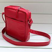 Сумки и аксессуары ручной работы. Ярмарка Мастеров - ручная работа Красная сумка из натуральной кожи. Handmade.