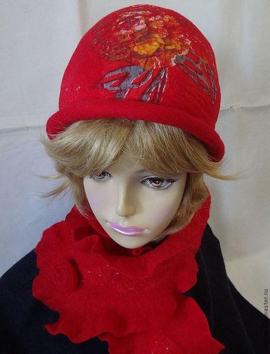 """Шляпы ручной работы. Ярмарка Мастеров - ручная работа. Купить Валяный комплект """"Алый"""".. Handmade. Ярко-красный, шляпка"""