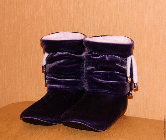 Обувь ручной работы. Ярмарка Мастеров - ручная работа. Купить Домашние Сапожки. Handmade. Фиолетовый, домашние сапожки, подарок девушке