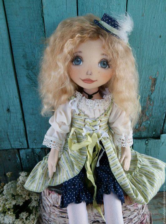 Коллекционные куклы ручной работы. Ярмарка Мастеров - ручная работа. Купить Вивьен, авторская коллекционная, текстильная кукла.. Handmade. Кукла