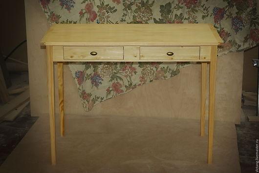 Мебель ручной работы. Ярмарка Мастеров - ручная работа. Купить Письменный стол на сужающихся ножках. Handmade. Бежевый, письменный стол