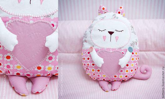 Детская ручной работы. Ярмарка Мастеров - ручная работа. Купить Котя. Handmade. Розовый, подарок девочке, подушка, котик, белый