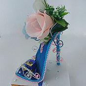 Цветы и флористика ручной работы. Ярмарка Мастеров - ручная работа Туфелька из конфет подарок женщине, девочке,для модницы Дамские штучки. Handmade.