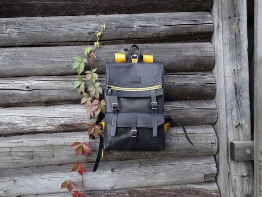Рюкзаки ручной работы. Ярмарка Мастеров - ручная работа. Купить Рюкзак кожаный двуслойный с желтыми лямками 43х29х8 (7 литров). Handmade.