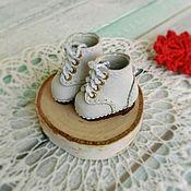 Одежда для кукол ручной работы. Ярмарка Мастеров - ручная работа Ботинки дерби белые высота 25мм. Handmade.