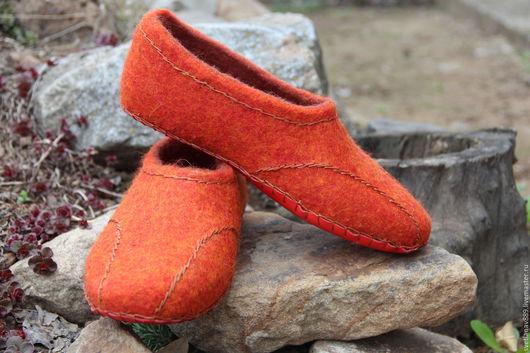 Обувь ручной работы. Ярмарка Мастеров - ручная работа. Купить Тапки валяные -Тапутены ))))))). Handmade. Рыжий, обувь для дома