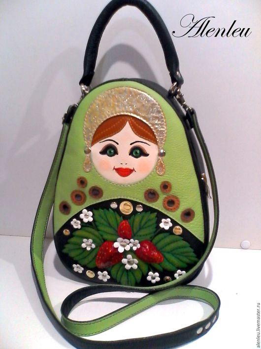 """Женские сумки ручной работы. Ярмарка Мастеров - ручная работа. Купить """"Светланка"""" сумка рюкзак матрешка из натуральной кожи. Handmade."""