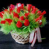 Цветы и флористика ручной работы. Ярмарка Мастеров - ручная работа Корзина с красными розами. Handmade.
