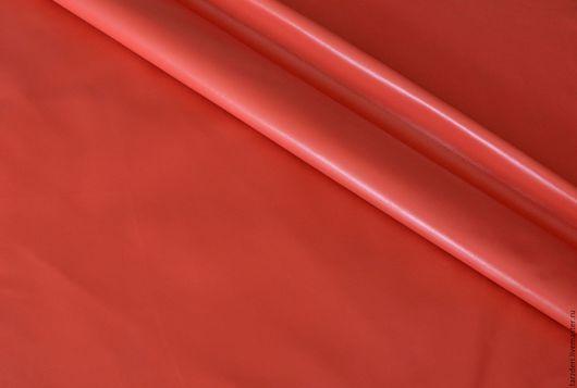 Шитье ручной работы. Ярмарка Мастеров - ручная работа. Купить Натуральная кожа тонкая 0,55 мм Светло-карминная. Handmade.