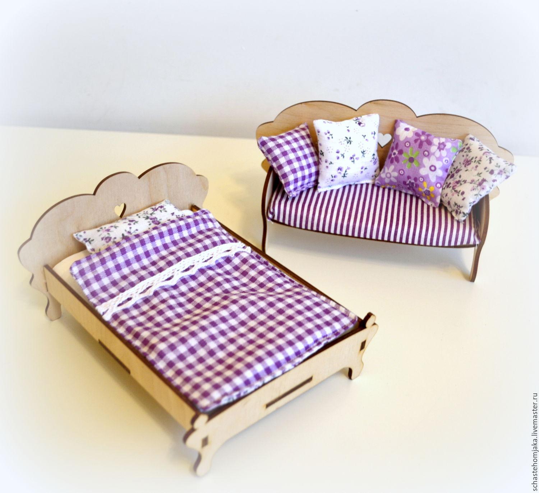 Купить Кровать и постельное белье для кукольного домика - столик из дерева, кукольная мебель, Мебель