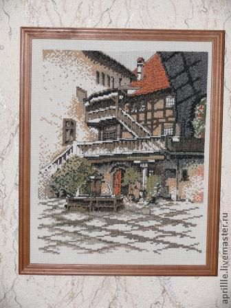 Город ручной работы. Ярмарка Мастеров - ручная работа. Купить Старый дворик. Handmade. Оливковый, Вышивка крестом, старый дворик