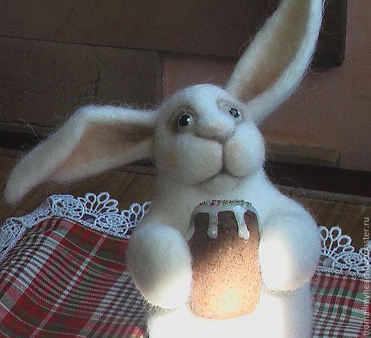 Подарки на Пасху ручной работы. Ярмарка Мастеров - ручная работа. Купить валяный Пасхальный заяц. Handmade. Белый, для дома и интерьера