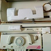 Инструменты для вязания ручной работы. Ярмарка Мастеров - ручная работа Вязальная машина Brother KH 893/ KR 840. Handmade.