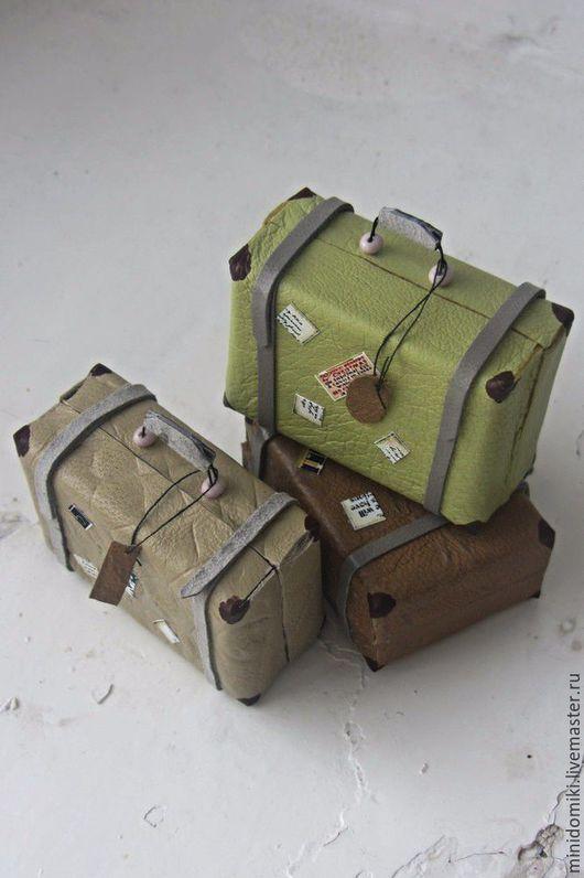Миниатюра ручной работы. Ярмарка Мастеров - ручная работа. Купить Кожаные чемоданчики для мышек. Handmade. Комбинированный, чемодан для кукол