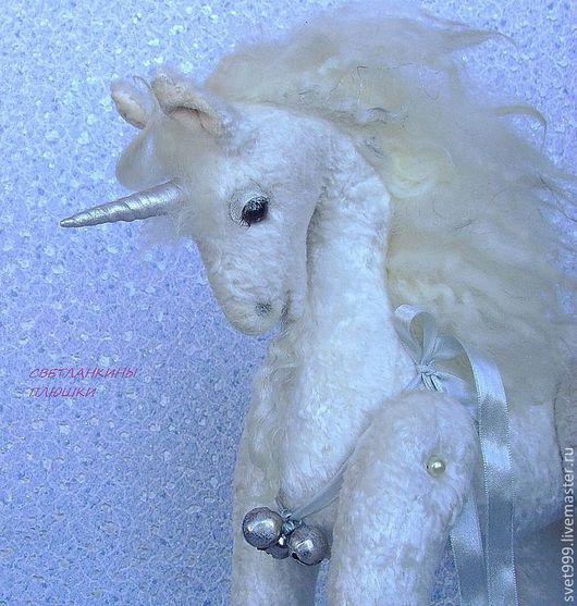 """Игрушки животные, ручной работы. Ярмарка Мастеров - ручная работа. Купить плюшевый единорог """"Фиоче - первый снег"""". Handmade. Белый"""