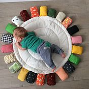 Куклы и игрушки ручной работы. Ярмарка Мастеров - ручная работа Развивающий коврик Монтессори. Handmade.