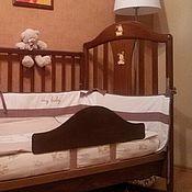Для дома и интерьера ручной работы. Ярмарка Мастеров - ручная работа Защитный бортик (ограничитель) на кроватку. Handmade.