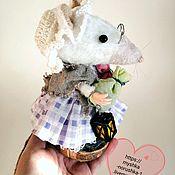 Год Крысы 2020 ручной работы. Ярмарка Мастеров - ручная работа Год Крысы 2020: Мышка с запасами. Handmade.