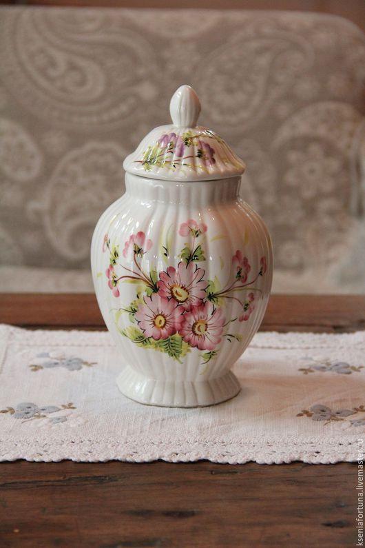 """Винтажные сувениры. Ярмарка Мастеров - ручная работа. Купить Ваза с крышкой """"Цветы"""" керамика. Handmade. Комбинированный, ваза, ваза для цветов"""