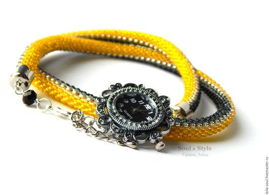 """Часы ручной работы. Ярмарка Мастеров - ручная работа. Купить Часы """"Идеал"""" из бисера II. Handmade. Желтый, наручные часы"""