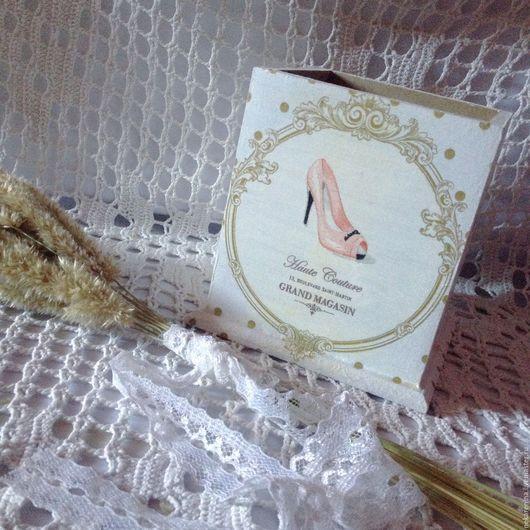 """Карандашницы ручной работы. Ярмарка Мастеров - ручная работа. Купить Стаканчик """"Cherchez la femme"""". Handmade. Белый, для карандашей"""