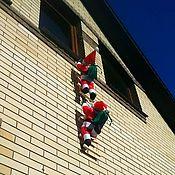 Кукольная еда ручной работы. Ярмарка Мастеров - ручная работа Дед мороз двойной взбирающийся по лесенке (Санта Клаус). Handmade.