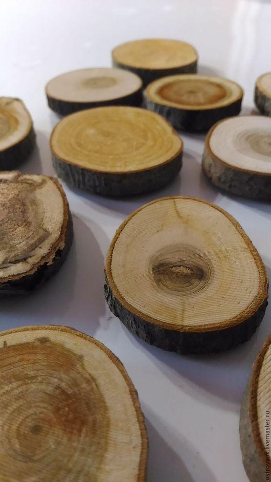 Магниты ручной работы. Ярмарка Мастеров - ручная работа. Купить 12 магнитов из спилов дерева. Handmade. Коричневый, сувенир из россии